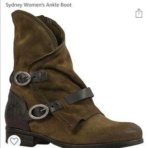 Miz Mooz Sydney Boot size 40